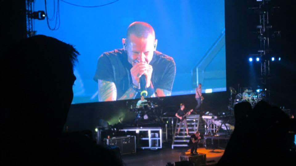 linkin park living things concert 2013